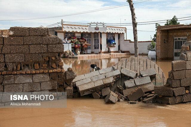 بازدید رئیس هیئت ویژه آنالیز سیلاب های کشور و معاون وزیر علوم از مناطق سیل زده